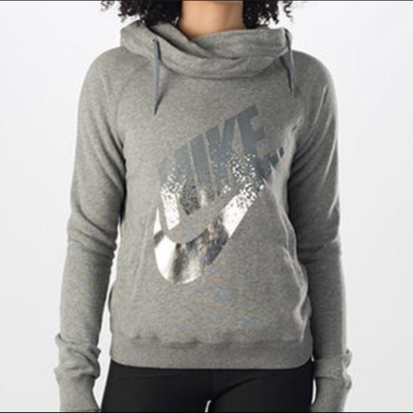 933288ea67c3 Nike Rally Funnel Neck Silver Metal Sweatshirt. M 5a765d9645b30ca7f78b0a35